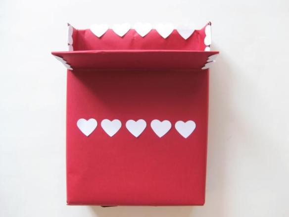 Valentine_box_cereal_step5_LARGE-2-